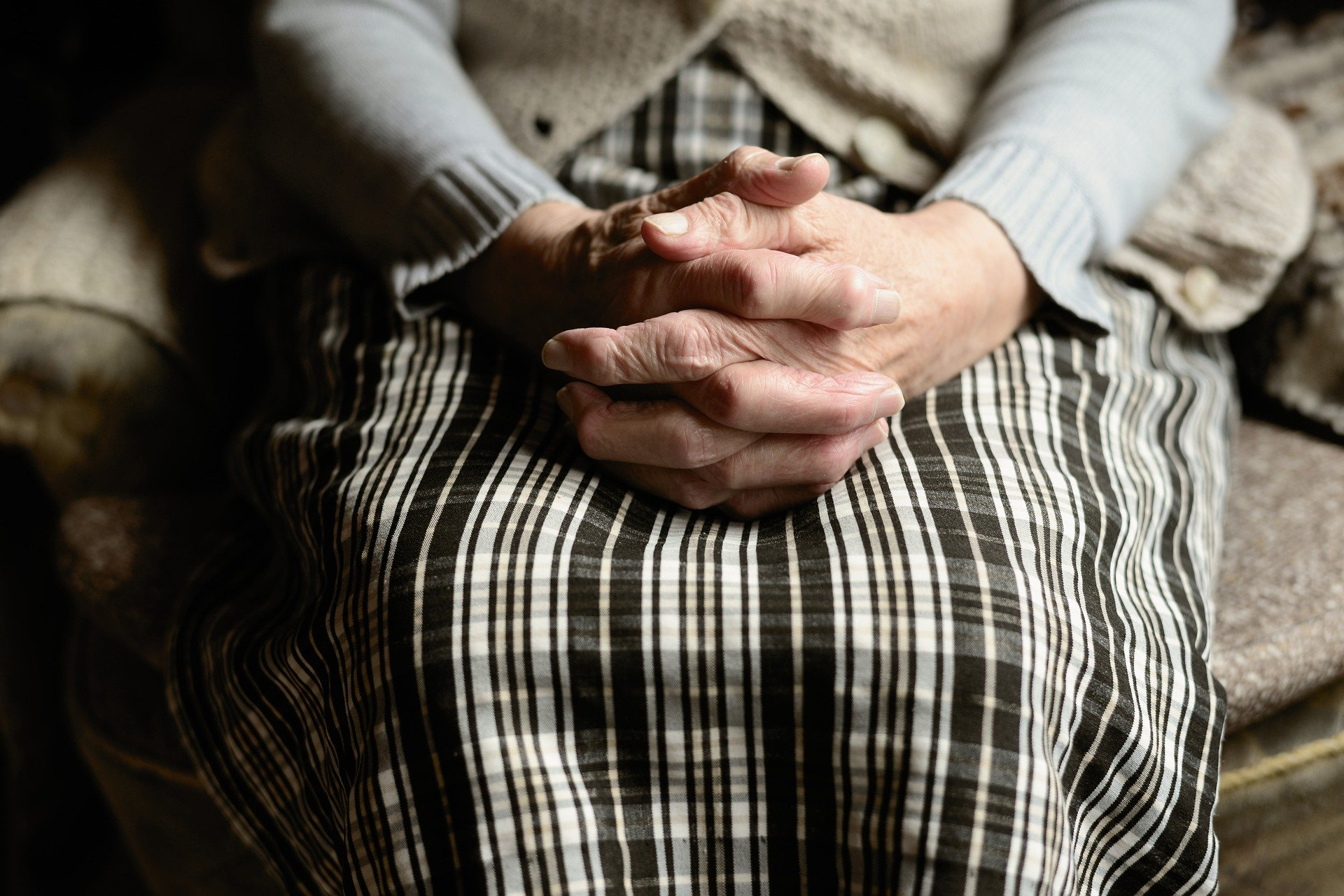 Comment rompre l'isolement de la personne âgée ?